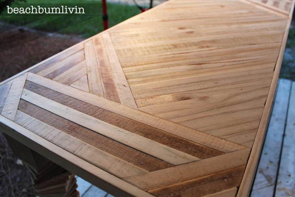 Entryway Table from fence panels and pallets