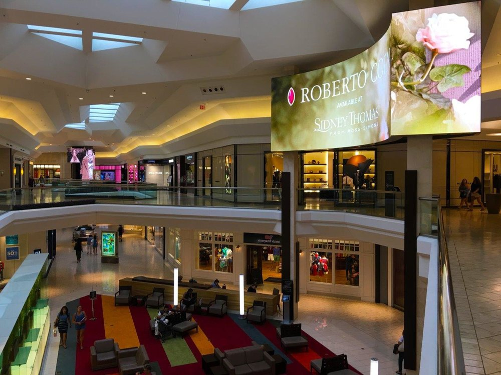 Mall at Short Hills LED Video Displays