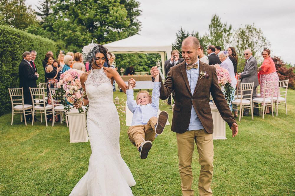 Kelly Mcallister photography Belfast wedding Northern ireland wedding photographer_-35.jpg