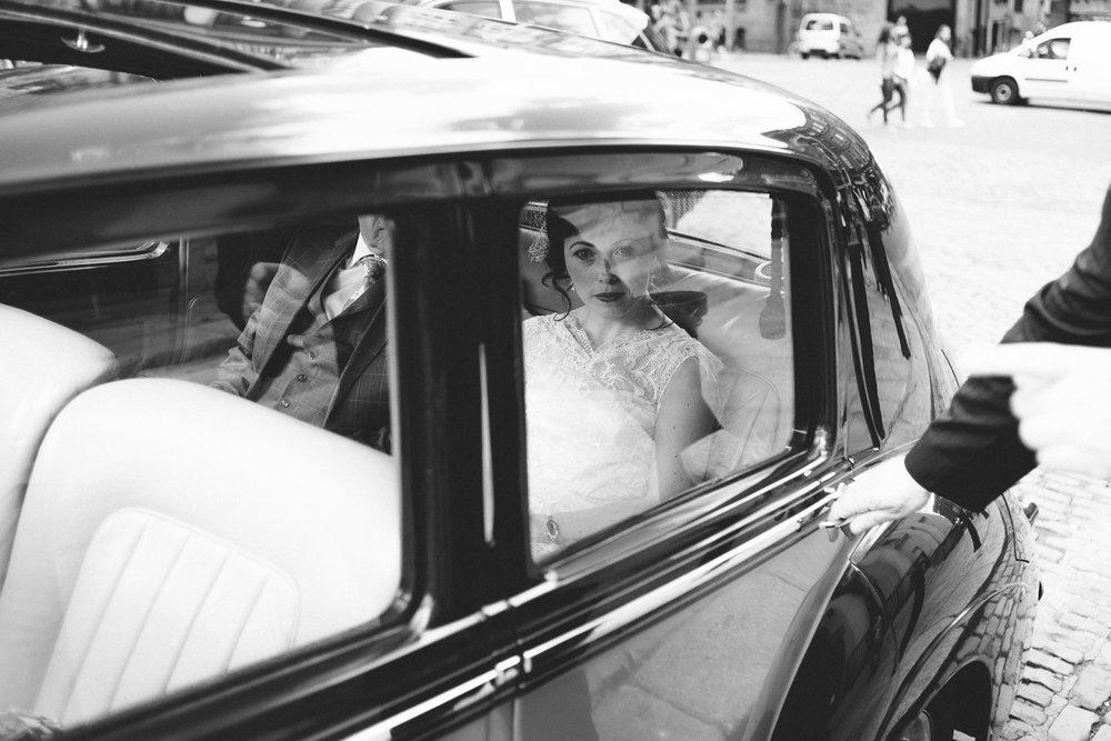 wedding photographer ireland dublin city wedding-9.jpg
