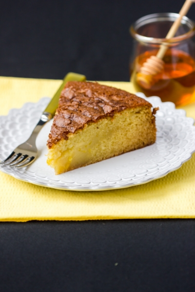 RUSTIC OLIVE OIL CAKE