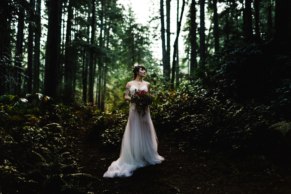 DannieMelissaWit_AbeillePhotography.com_BARE_Bridal_COLLABORATION-70.jpg
