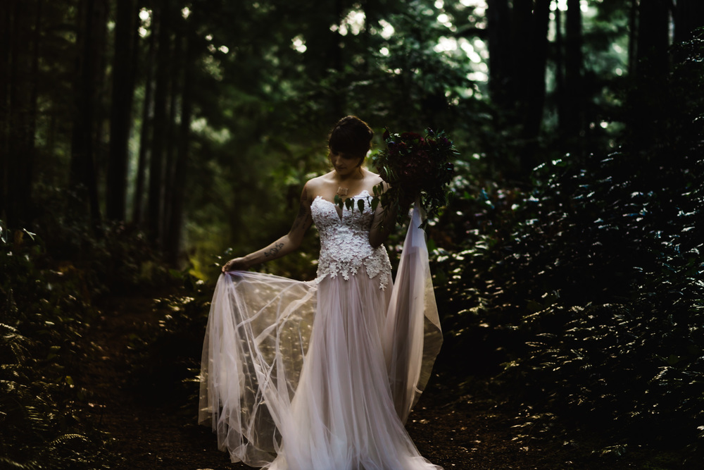 DannieMelissaWit_AbeillePhotography.com_BARE_Bridal_COLLABORATION-71.jpg