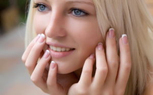 Cosmetic dentist near Camarillo