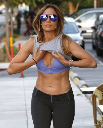 JLo leaving Tracy Anderson's studio. May we all look like this (or feel like we do) at forty and beyond.