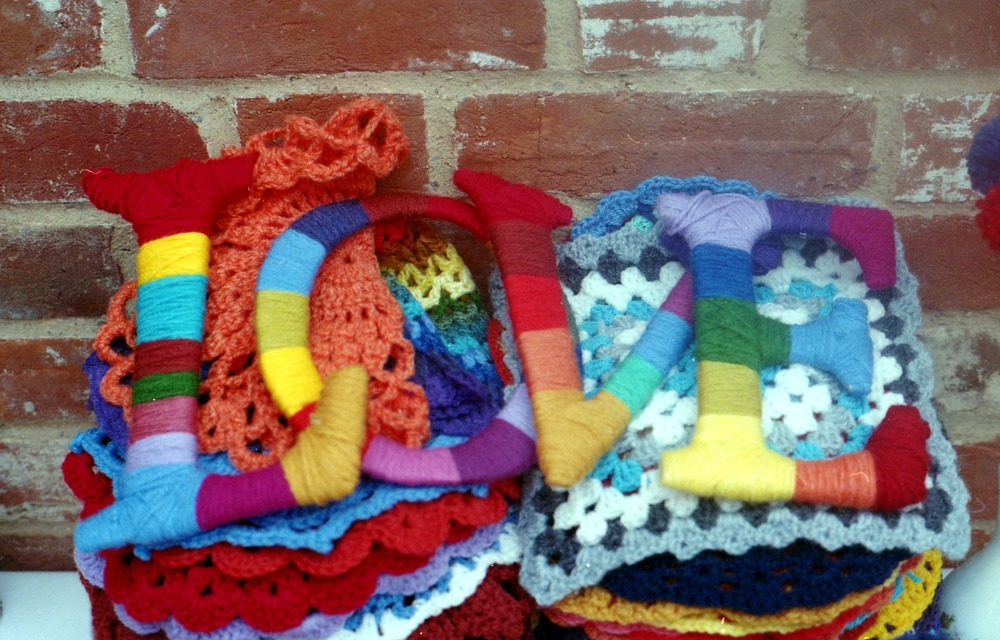 (I made 127 doilies in total and these lovely letters from card and wool. Wool everywhere!)