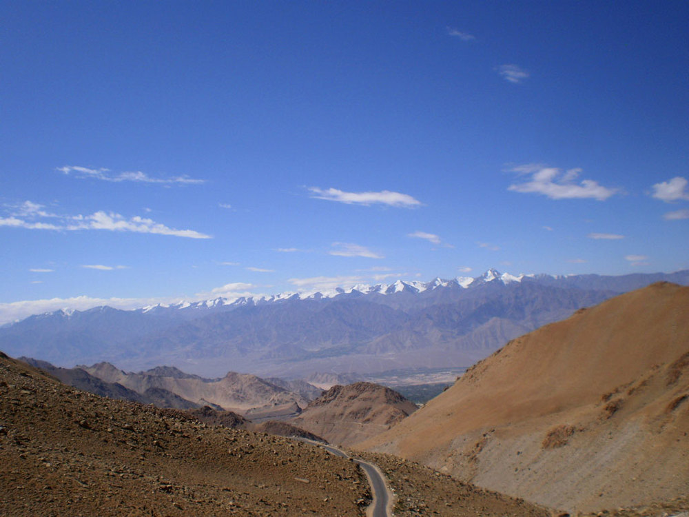 Driving through Ladakh Photo credit: Rashmi Prakash