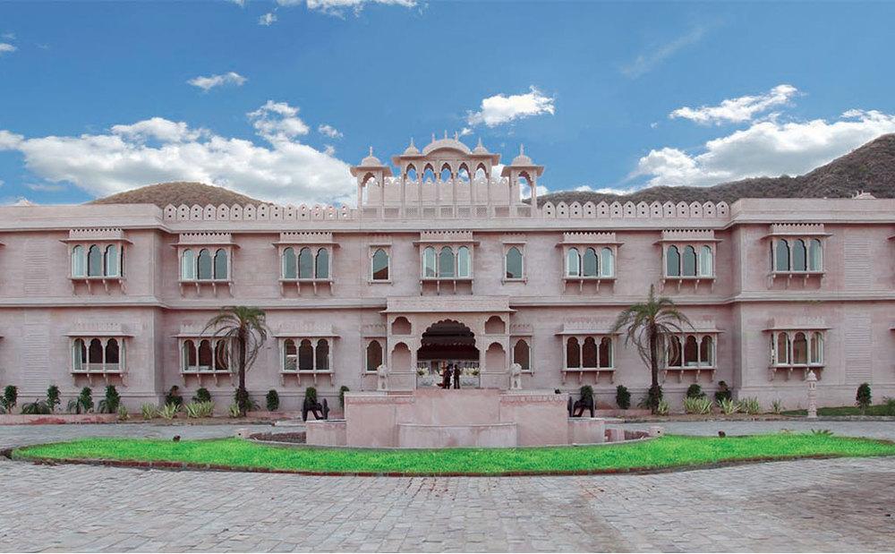 pushkar-fair-bhanwar-singh-palace.jpg