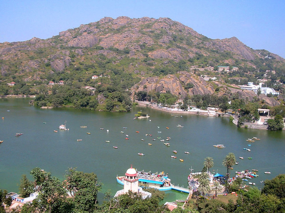 Nakki Lake, Mount Abu Photo credit: Ajay Prakash