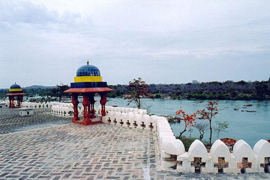 Bundelkhand Riverside, Orchha