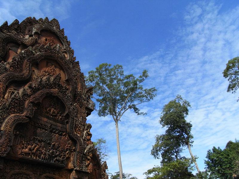 Banteay Srei Photo credit:  Kazuhiro Nakamura