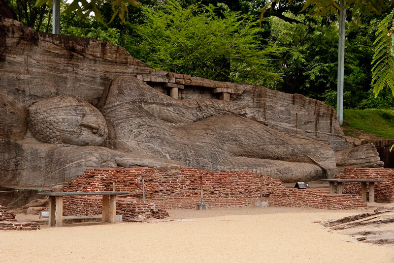 Reclining Buddha, Polonnaruwa Photo credit:  Hafiz Issadeen