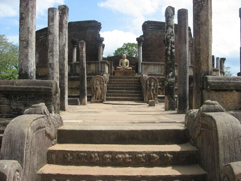 Vatadage, Polonnaruwa Photo credit:  Mahesh Kularatne