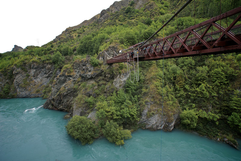 Bungee jumping, Queenstown Photo credit:  mat79