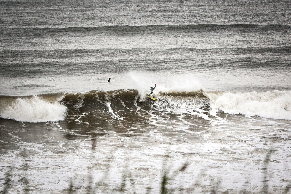 Everything must end, and it looks like this seemingly endless flat spell ( make that year ) has done just that. Here's Bulla taking it out on the lip.