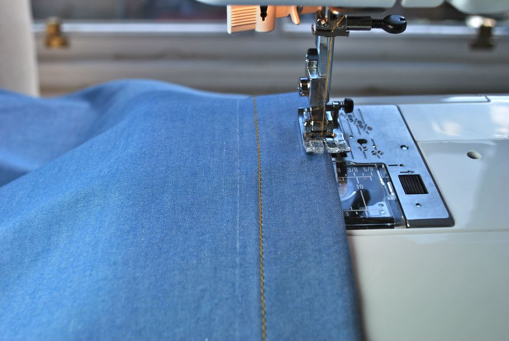 The left-hand button placket being edgestitched.