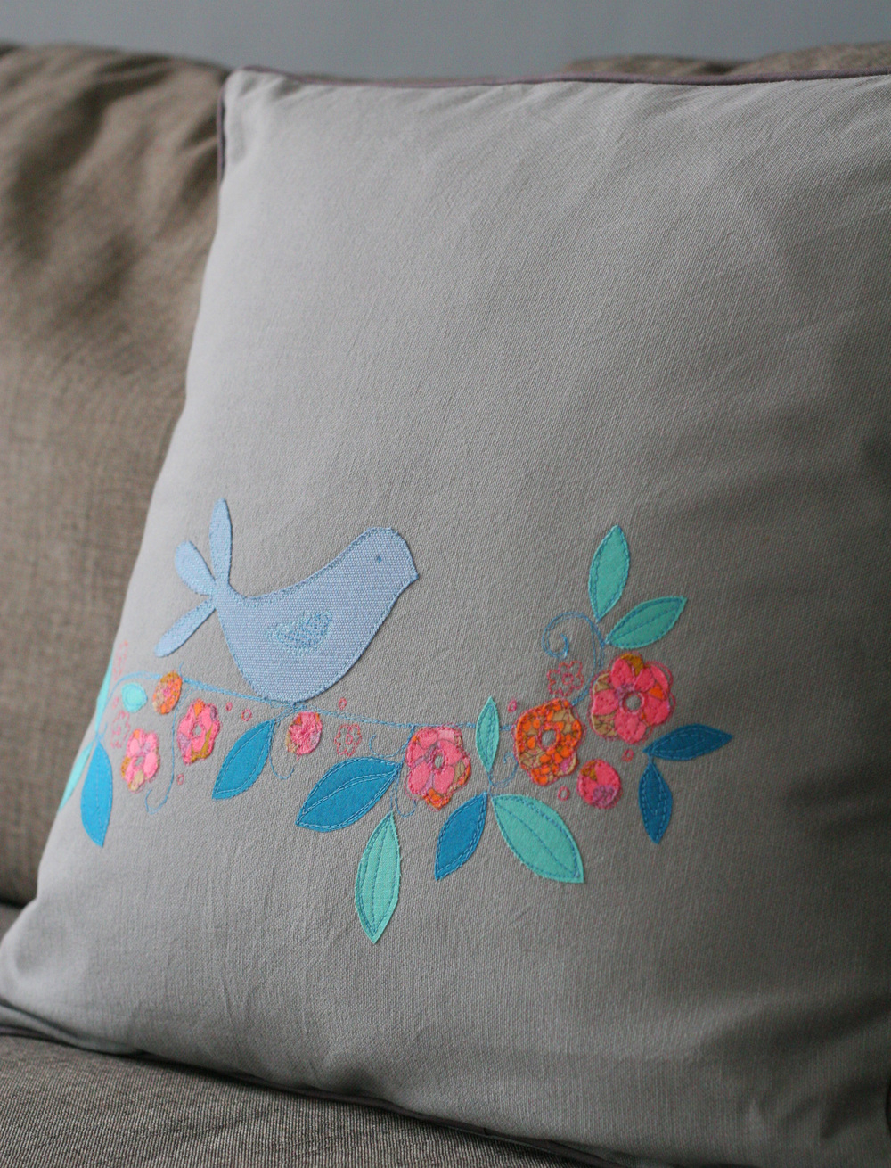 Some free-motion applique on a cushion. This was used as an example for one of our Free-Motion Workshops.