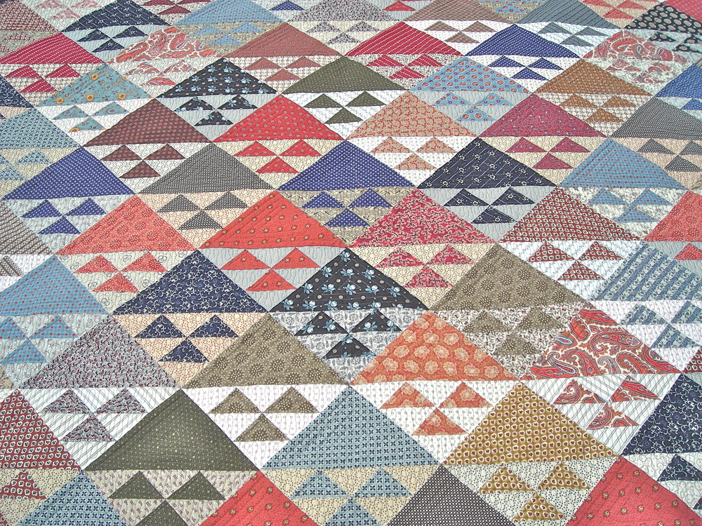 An example of a Bird's In The Air quilt.