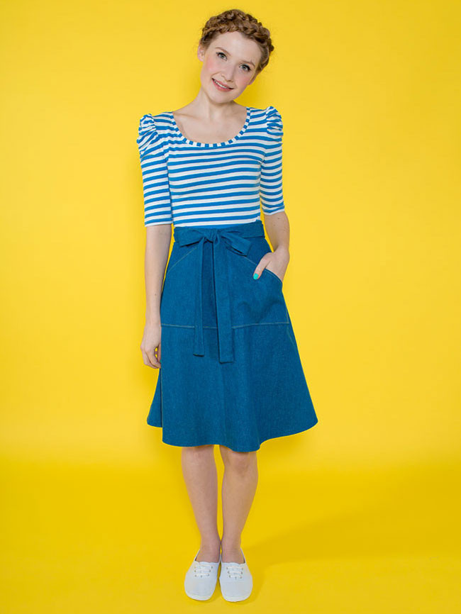 MIETTE  TIlly & The Buttons  A gently flared wraparound skirt that ties at the front in a bow. The skirt has a wide overlap at the back (no danger of flashing!) and optional patch pockets. Simple to sew, Miette has no fiddly zips or buttonholes and is easy to fit.