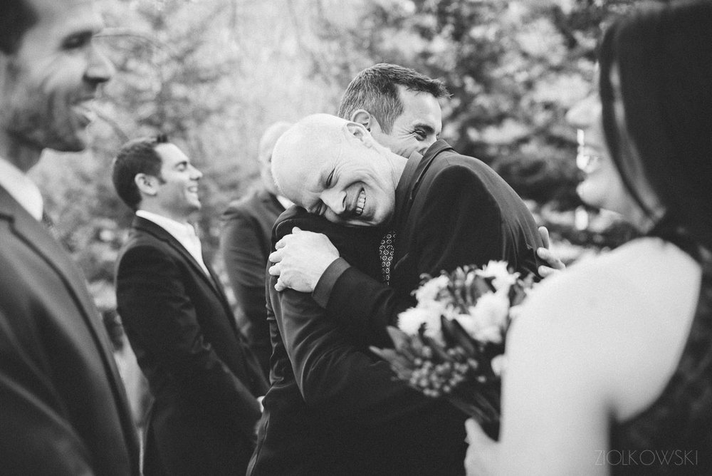 Great, candid moment from the wedding of Lana and Wojtek at Brookside Vineyard by Piotrek Ziolkowski.