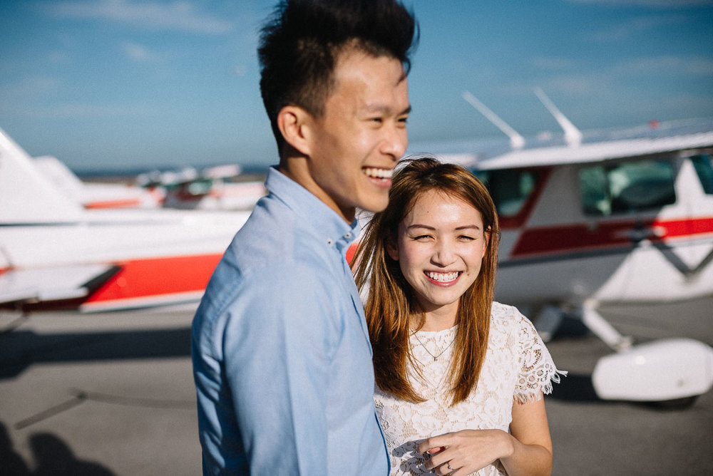 A little airport adventure / Couple photography session