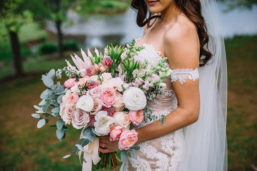 millbrook-winerywedding-flowers-1.jpg