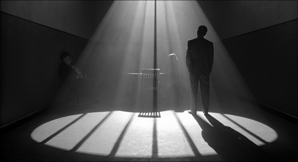 A scene from  THE MAN WHO WASN'T THERE  (Joel & Ethan Coen, 2001)