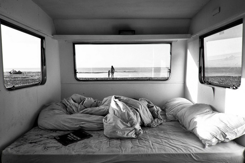 studded-hearts-moodboard-6-chambre-avec-vue-desillusion-magazine.jpg
