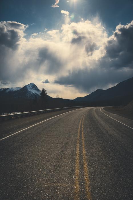 Alaska Highway, Yukon - Canon 5DMKIII 35mm - 1/5000 @ f6.3, ISO 400