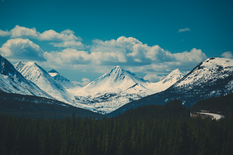 The glorious mountains of the Yukon.  Alaska Highway, Yukon - Canon 5DMKIII 155mm, 1/3200 @ f4.5, ISO 400