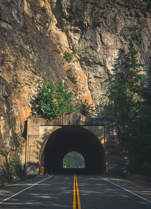 Hell's Gate Tunnel, BC - Canon 5DMKIII 47mm - 1/640 @ f5.6, ISO 100