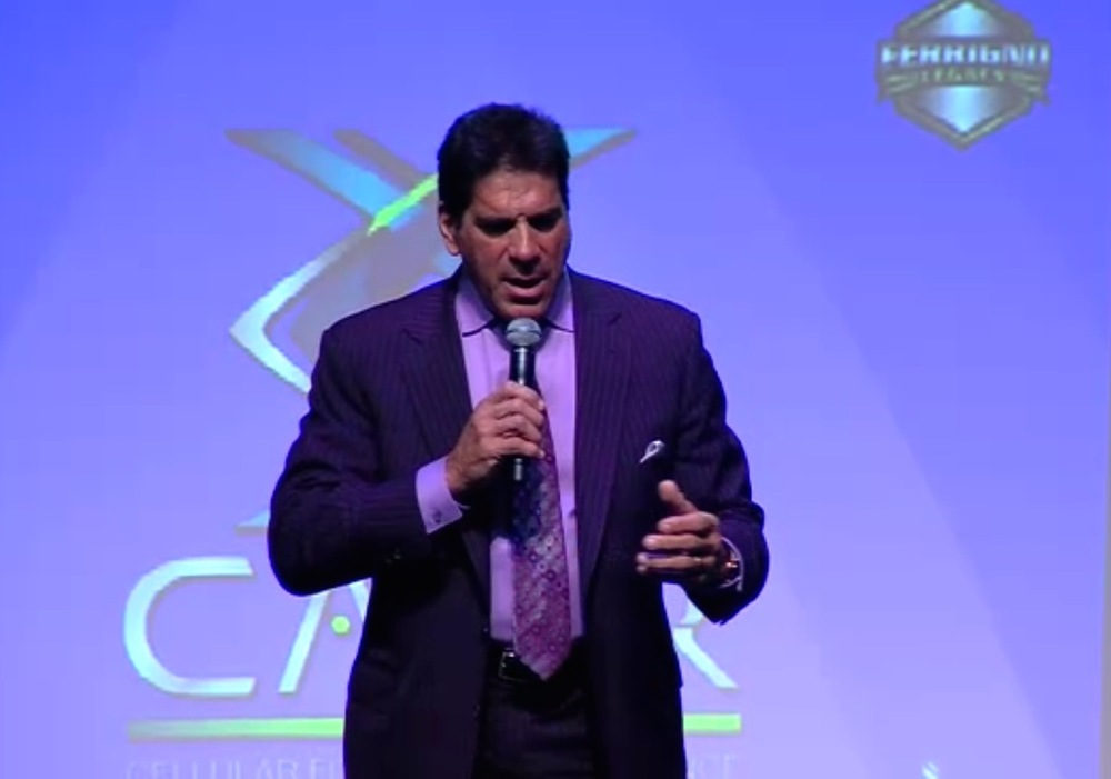 Lou ferrigno at the Ferrigno Legacy