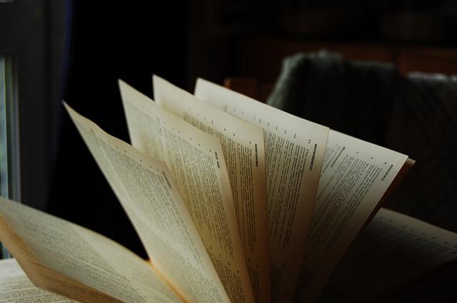 Book  by  Sam ,  Attribution-ShareAlike 2.0 Generic