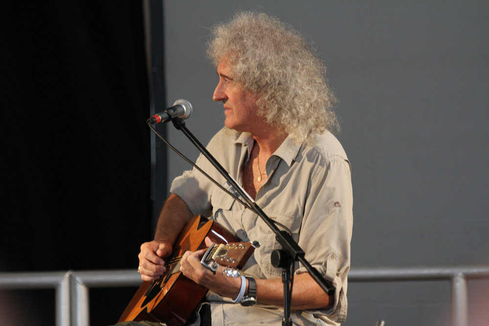 Brian May_6063  by  Mark Kent ,  Attribution-ShareAlike 2.0 Generic