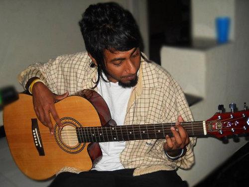 Play Guitar.jpg