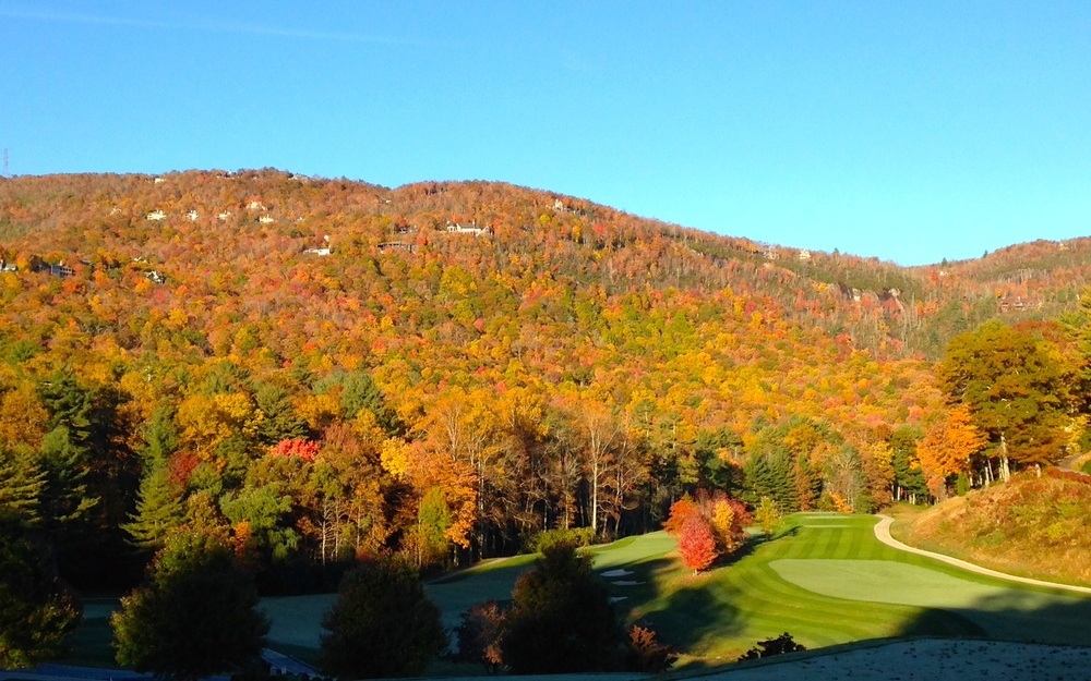 Lake Toxaway golf course on Saturday morning. Stunning colors!