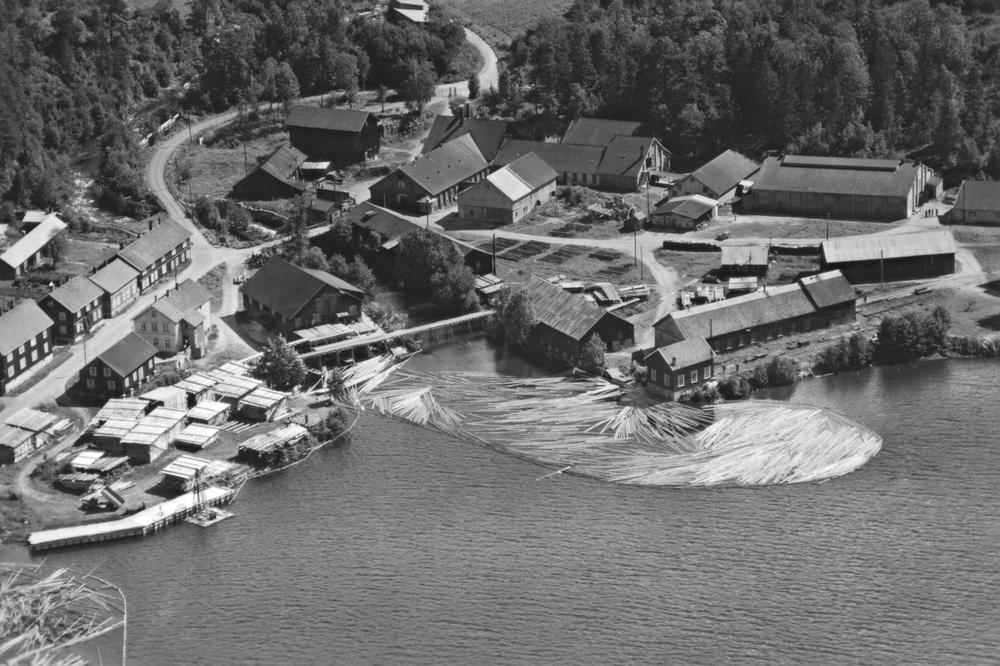 Bråtagata, Kølabånn og verksområdet på1940-tallet.