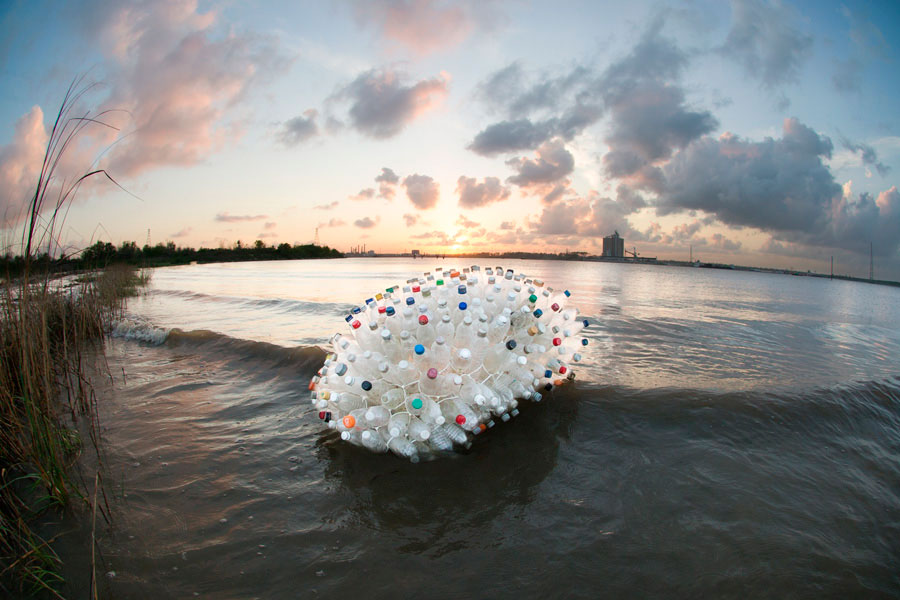 plastic-bottle-art-Jeremy-Underwood.jpg