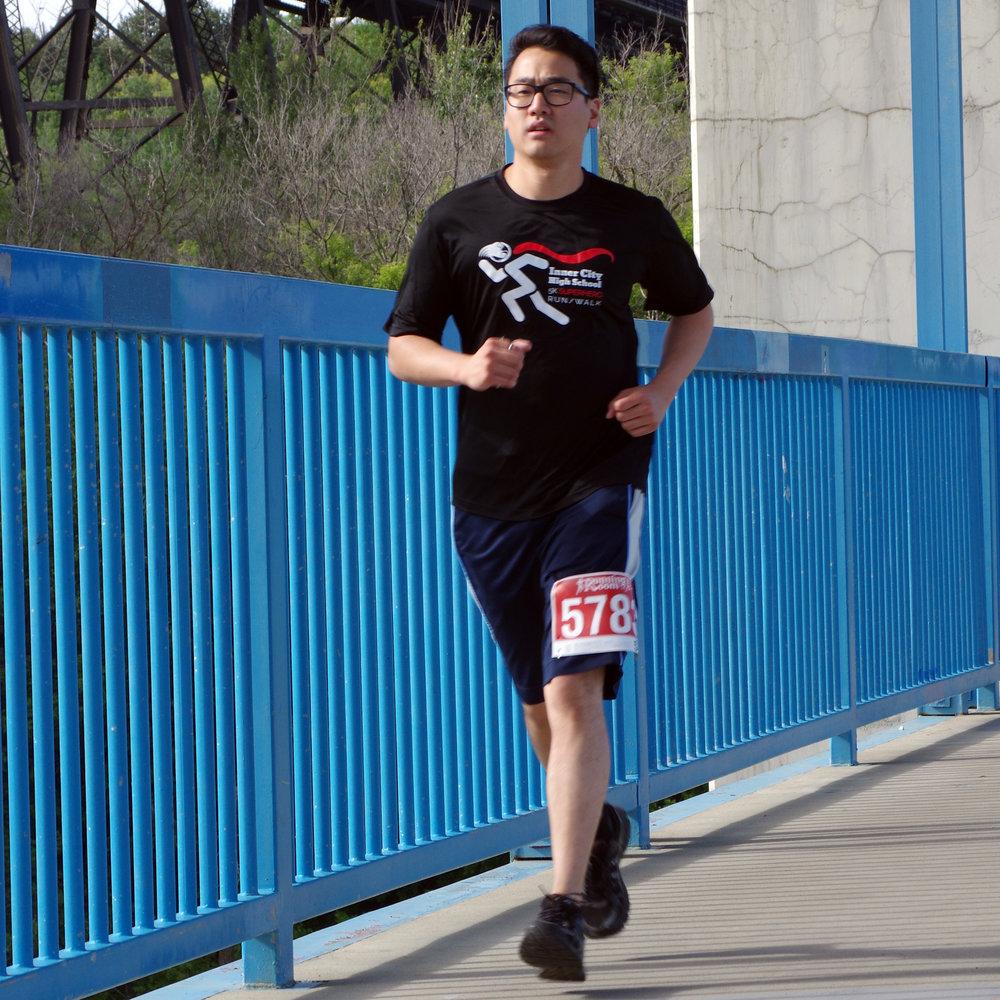 ADJ - Runner - IMGP1852.jpg