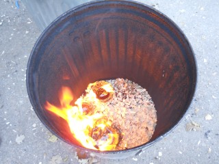 Raku in School_2010-23 (Mobile).JPG