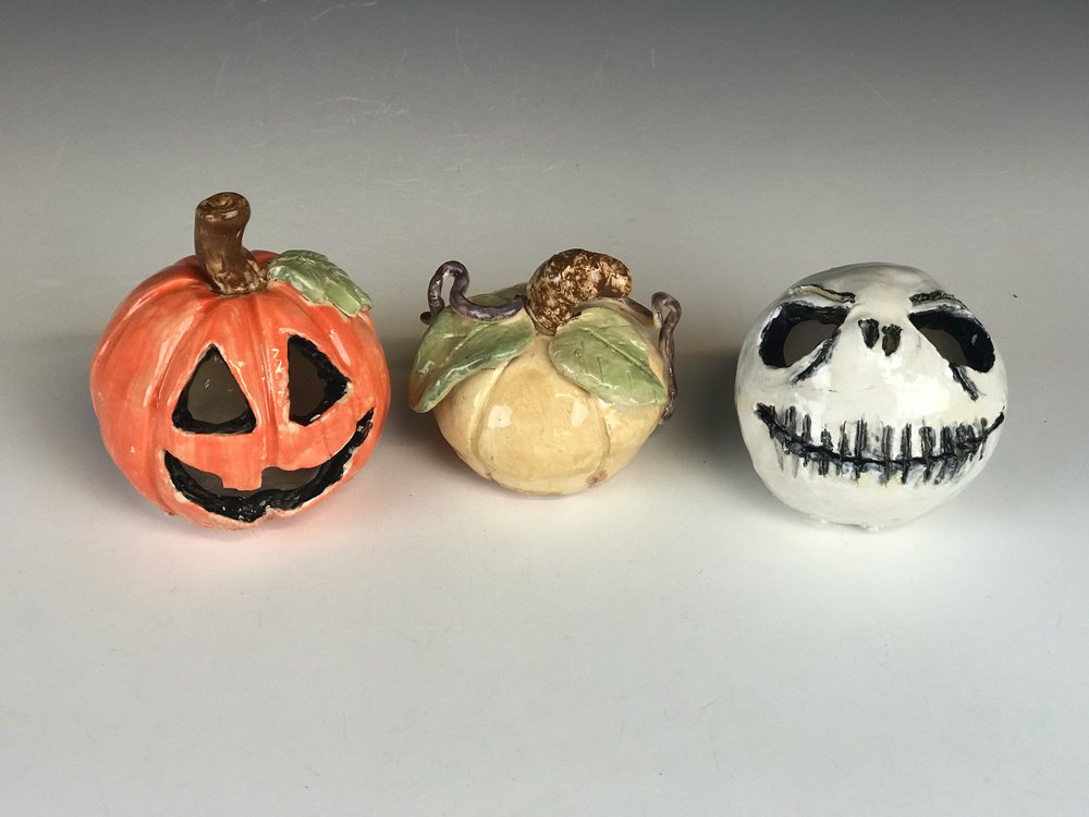 Jack O' Lanterns - Our popular series returns with three workshops this fall! Make a spooky jack o lantern from clay by using hand building techniques. Or make your project into a gourd for the upcoming holiday season—you are only limited by your imagination!**kids ages 8 and under MUST be accompanied by an adult**