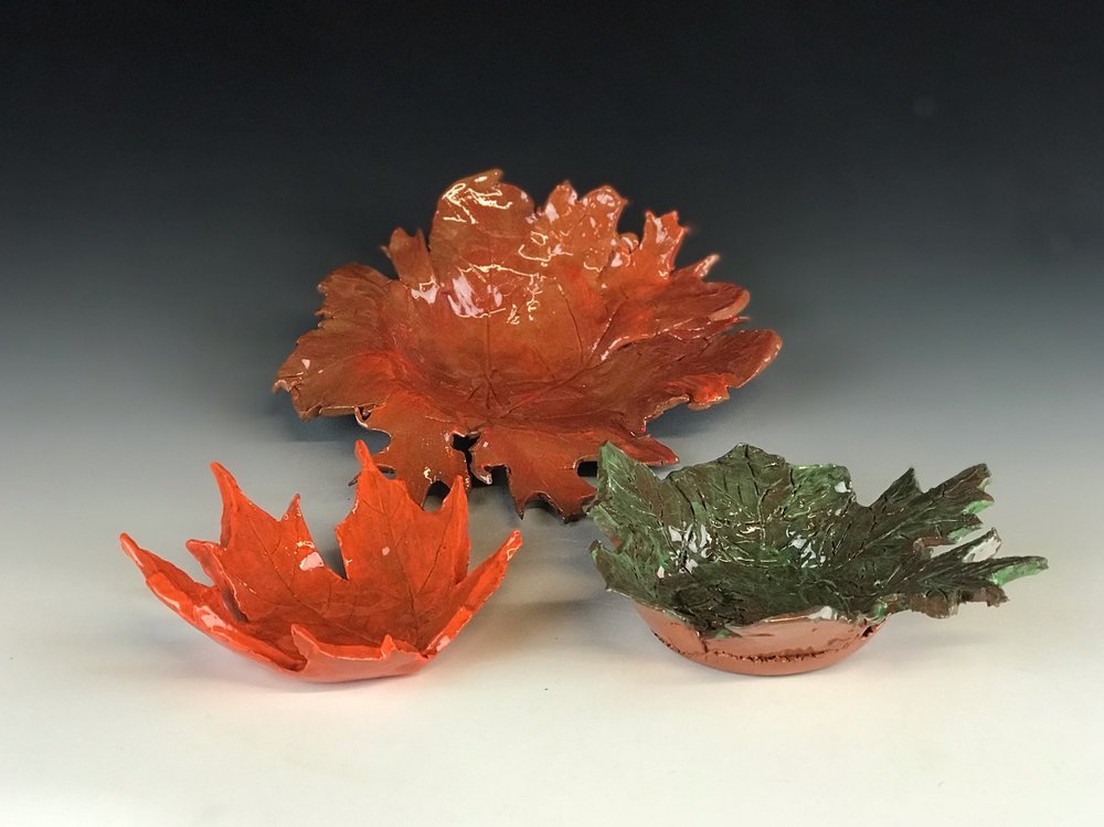 Leaf Bowls - Nature makes the most beautiful things—-use leaf inspiration from your favorite tree, or pick from one in our studio. Then create a clay bowl to remind you of fall all year round.**kids ages 8 and under MUST be accompanied by an adult**