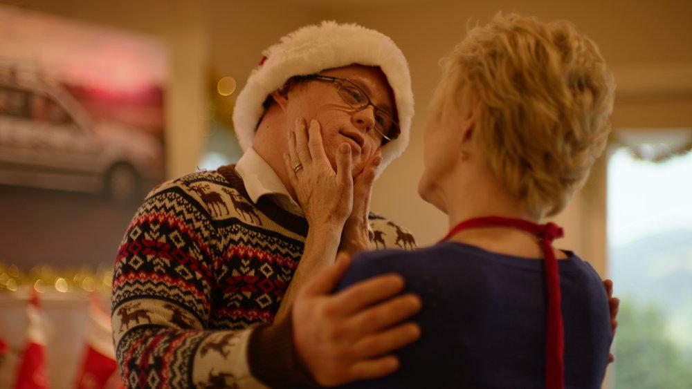 Gerard O'Dwyer Dee Wallace hug - Red Christmas Photo by Douglas Burgdorff.jpeg