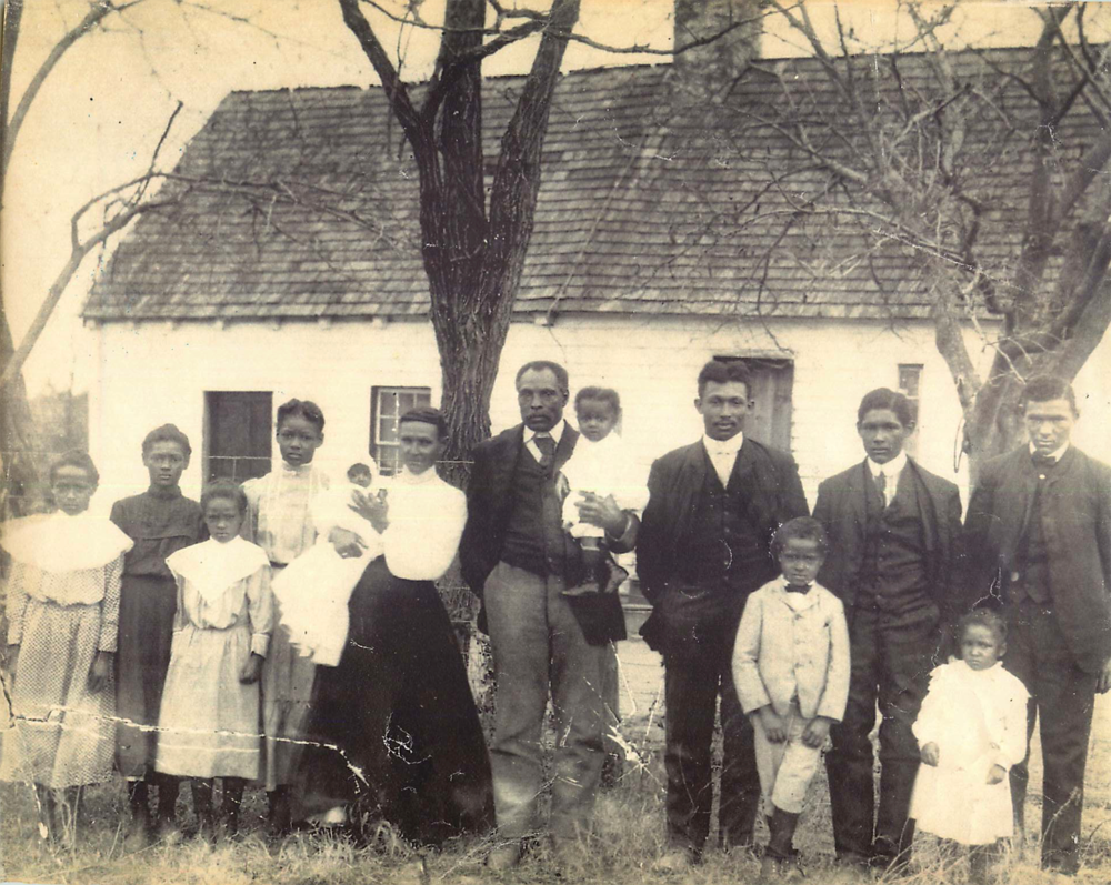 Before Family portrait, c. 1900