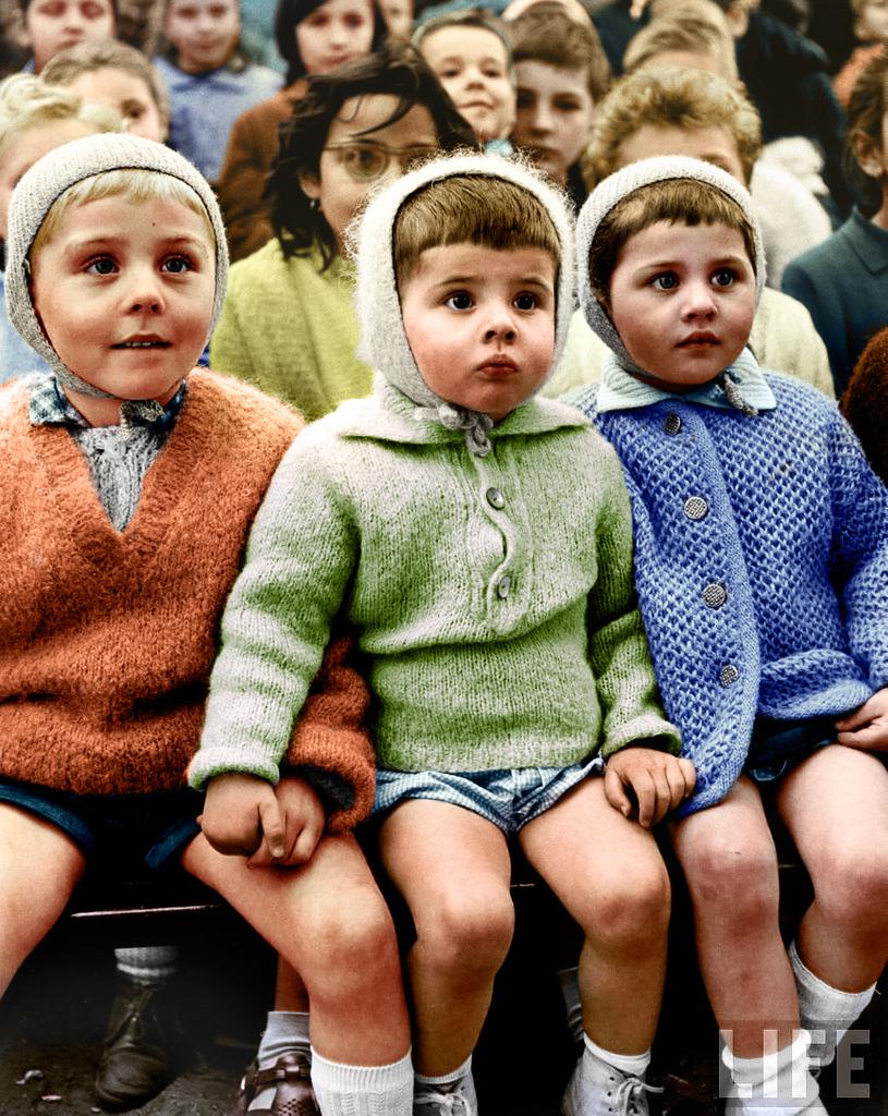 Eisenstaedt_1963_childrenNEW.png