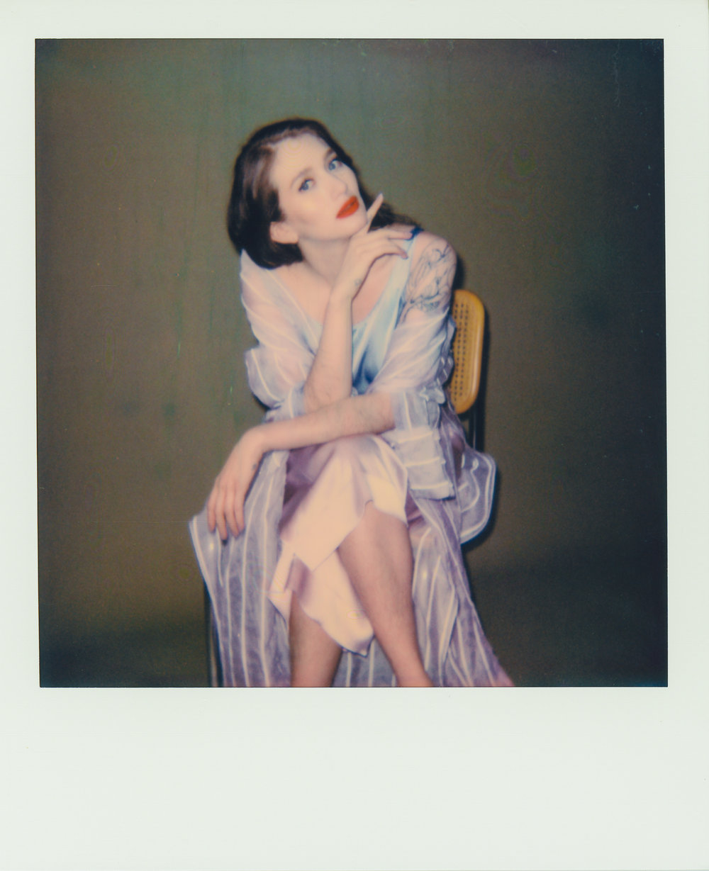 Sam_allure_polaroid_250.jpg