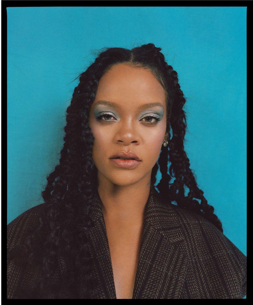 AL100118Profile_Rihanna03a.jpg