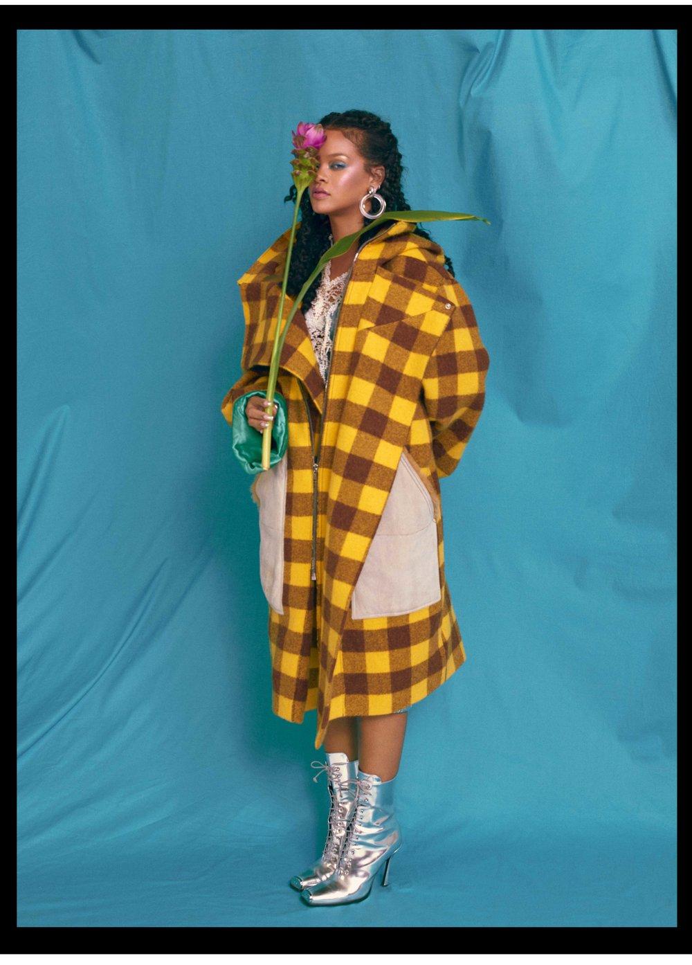 AL100118Profile_Rihanna02.jpg