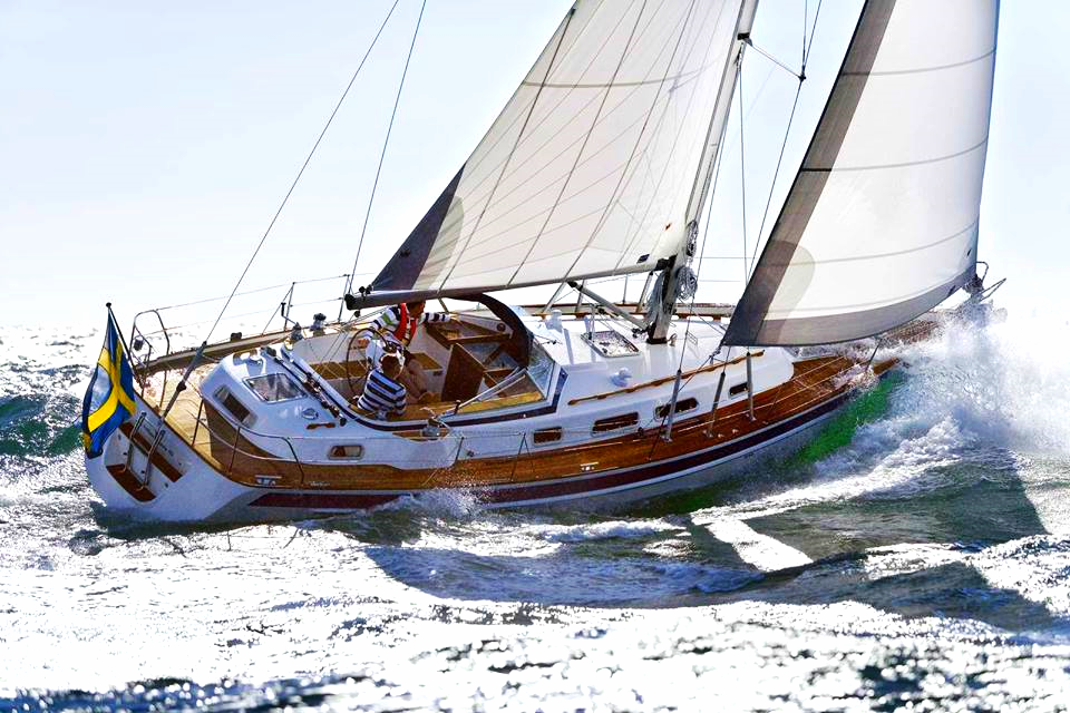 Private All-Day Yacht Excursion for 6 Sail away with five friends for a day from Southport. Your guide isCaptain Steve DeCherney, a member of Farmer Foodshare's Board of Directors. Provided by:Stephen DeCherney