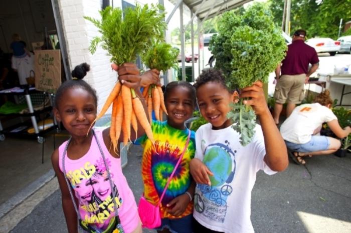 Farmer Foodshare Greensboro 06072014 28.jpg